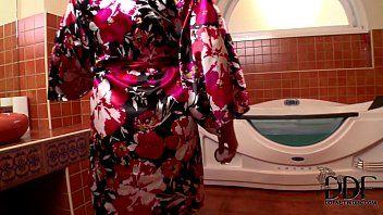 Sandra boobies sucks knob in the tub acquires cum on her jugs
